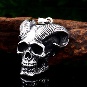 Gothic Satanic Devil Skull Necklace - GiftWorldStyle - Luxury Jewelry and Accessories