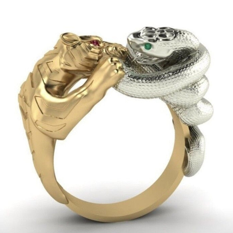 Punk Ring For Men With Battle Between Snake Panther