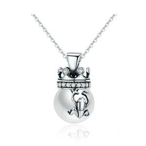 Sterling Silver The Frog Prince Pearl Pendant Necklace - GiftWorldStyle - Luxury Jewelry and Accessories