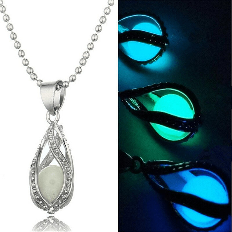 Vintage Couple The Little Mermaid's Teardrop Glow In Dark Pendant Necklace Glowing Necklace Pendant