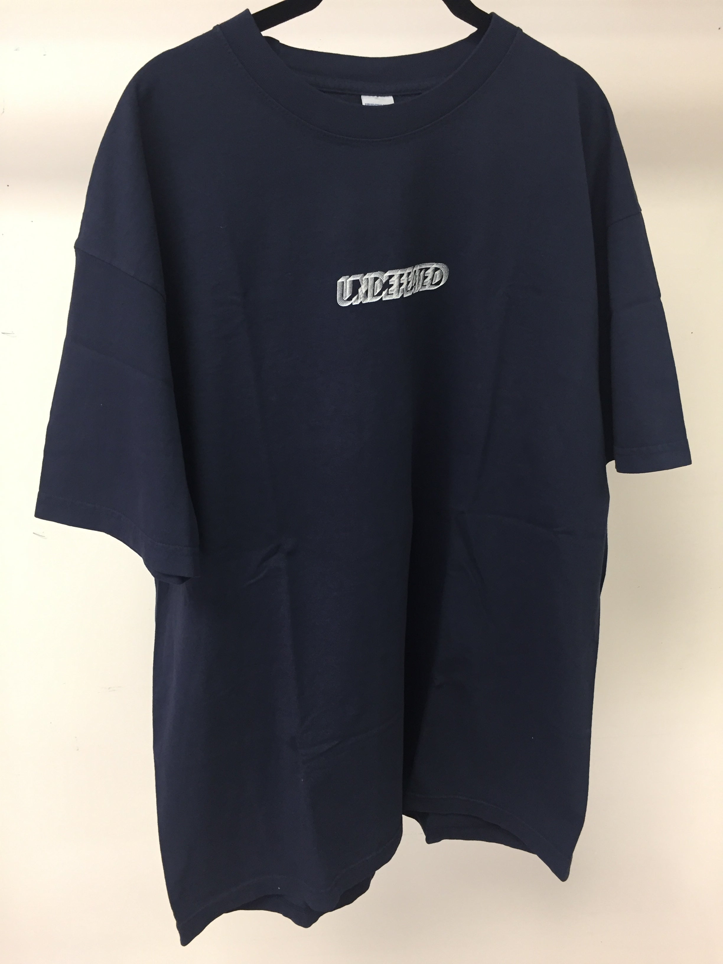 UNDEFEATED - TSHIRT - BLACK - SIZE XL
