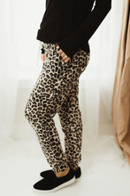 Load image into Gallery viewer, Leopard Thermal Joggers