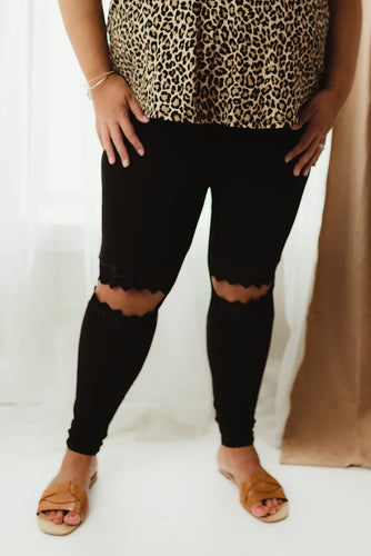 Curvy Lace Cut-Out Legging