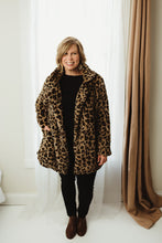 Load image into Gallery viewer, Leopard Fur Coat