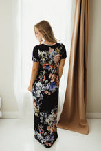 Load image into Gallery viewer, Floral Hidden Pocket Dress