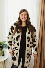 Load image into Gallery viewer, Leopard Accent Stripe Cardi