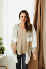 Load image into Gallery viewer, Pattern Knit Cardi