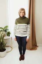 Load image into Gallery viewer, Turtleneck Stripe