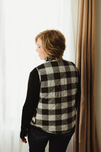 Load image into Gallery viewer, Quilted Plaid Vest