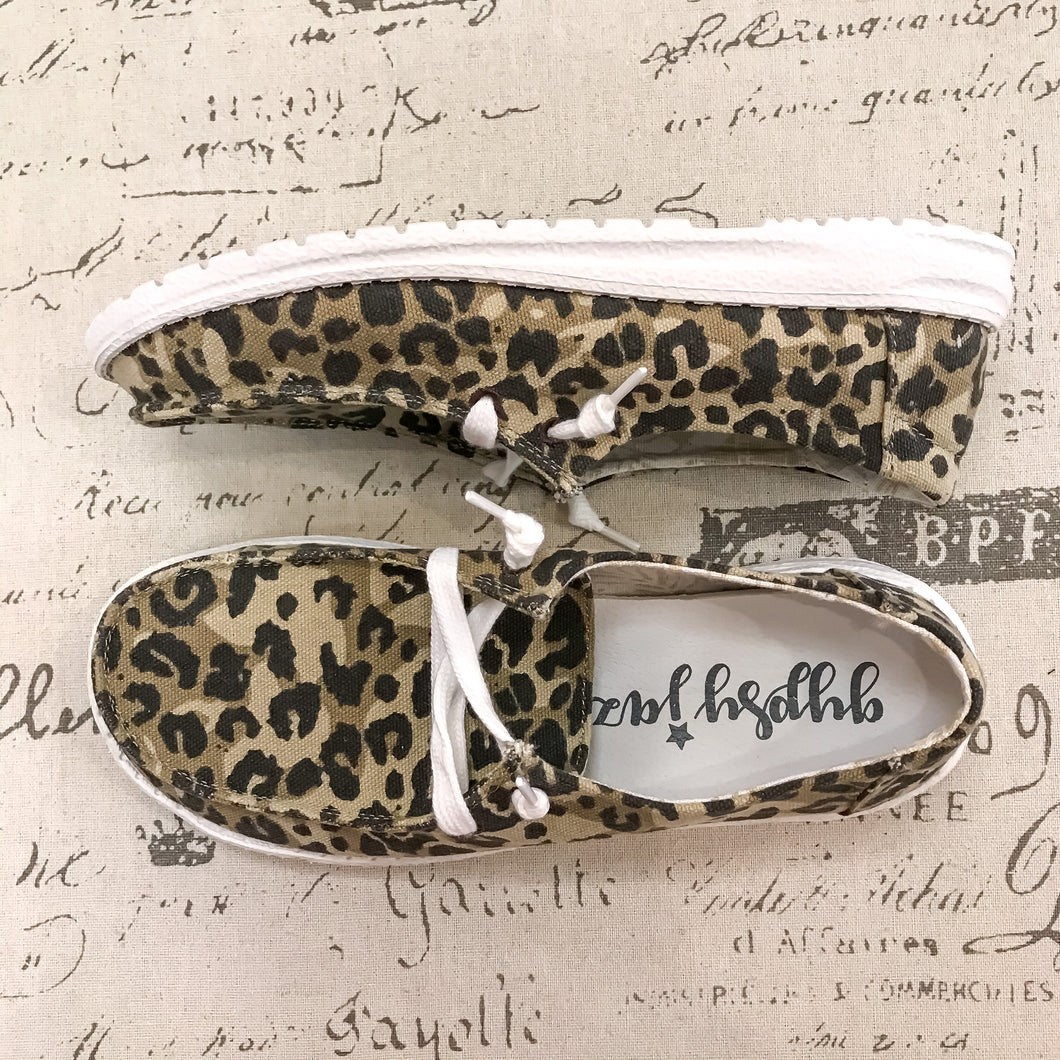 Leopard Holly Slip-ons