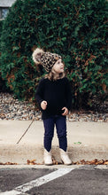 Load image into Gallery viewer, Kid's Leopard Pom