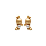 Dance Winter Dew Ear Studs with Pearl