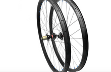 Load image into Gallery viewer, 27.5er DCB Carbon MTB Wheels XC/Trail or AM/Enduro rims with Novatec hubs