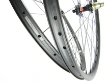 Load image into Gallery viewer, 27.5er DCB Carbon MTB Wheels XC/Trail Novatec hubs, TA, Shimano driver