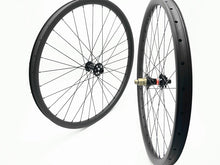 Load image into Gallery viewer, DCB 29er Carbon MTB Wheels XC Trail with Novatec hubs