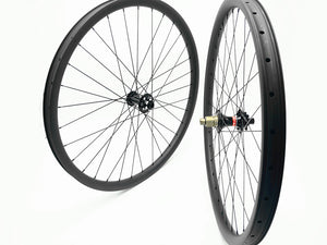 DCB 27.5 Carbon MTB Wheels XC/Trail or AM/Enduro rims with Novatec hubs
