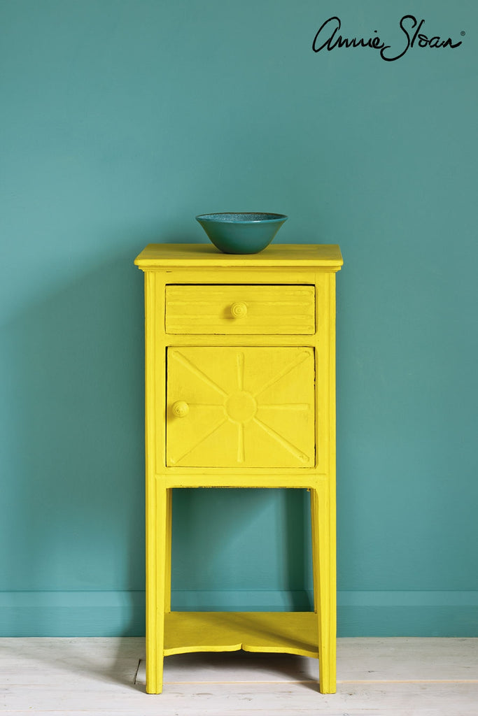 Annie Sloan Chalk Paint: English Yellow