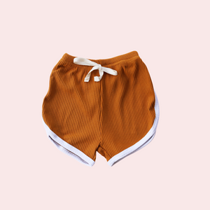Essentials Shorts - Caramel