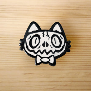 Voodoo Glowing Skull Meu Enamel Pin
