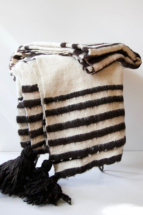 Modern Momo Blanket with Tassels