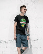Green skull T-shirt black