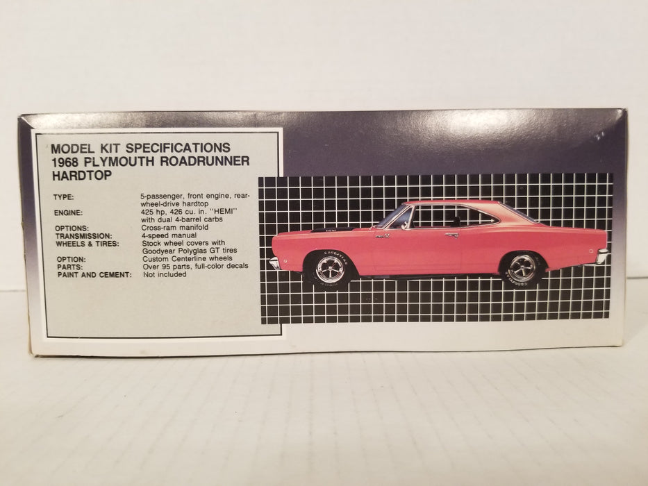 '68 Plymouth Roadrunner Hardtop 1:25 Model Kit