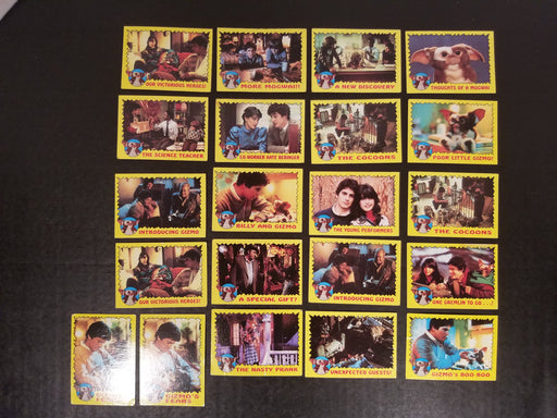 Lot of 21 Gremlins Trading Cards