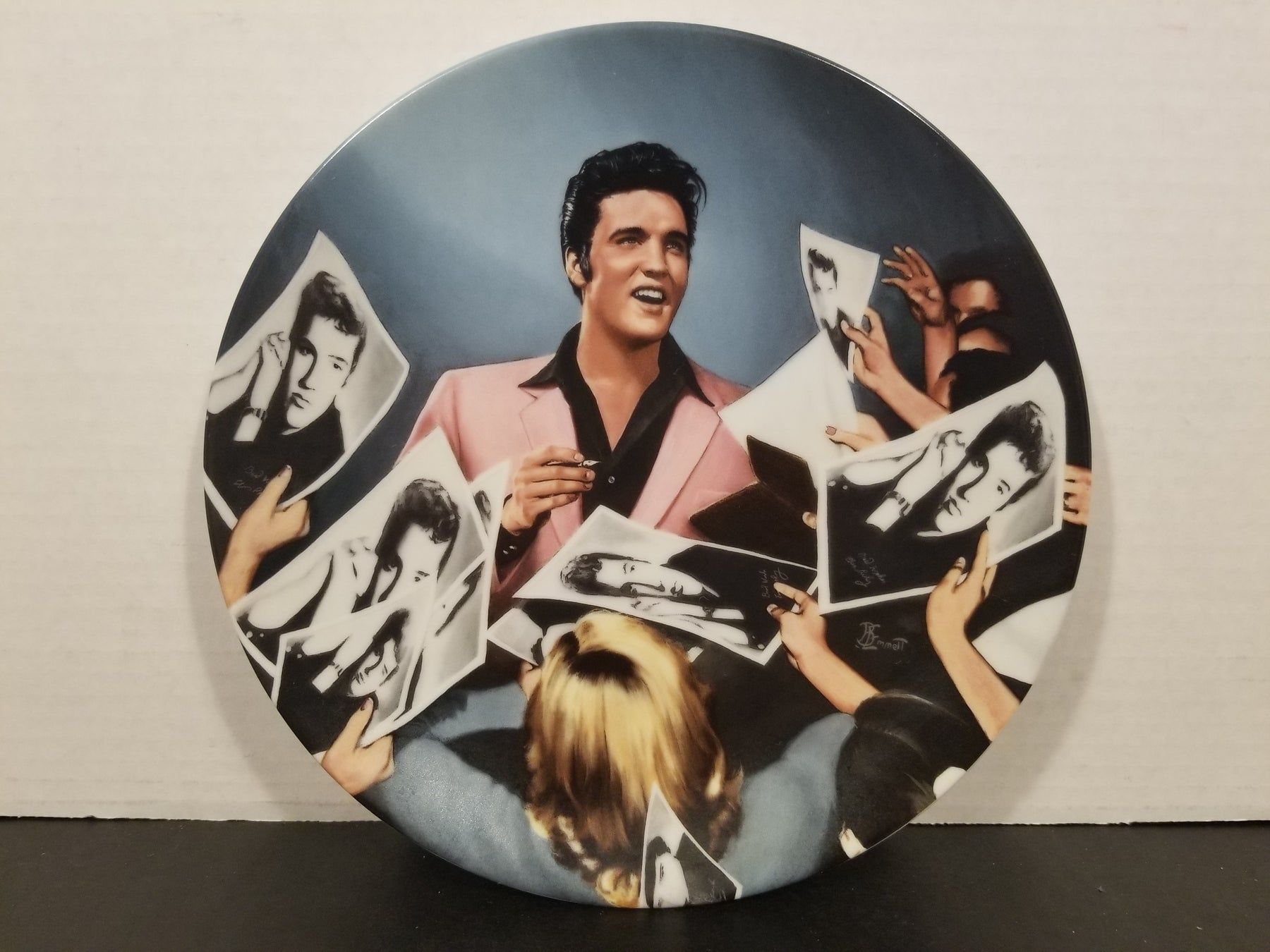 Elvis Presley: Looking at a Legend Plate #9