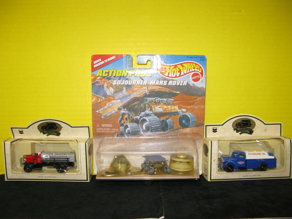 Hot Wheels Action Pack And Commemorative Model Standard Oil Trucks