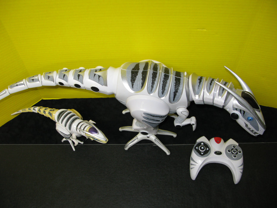 Robo Raptor Robotic Dinosaurs with Remote Control