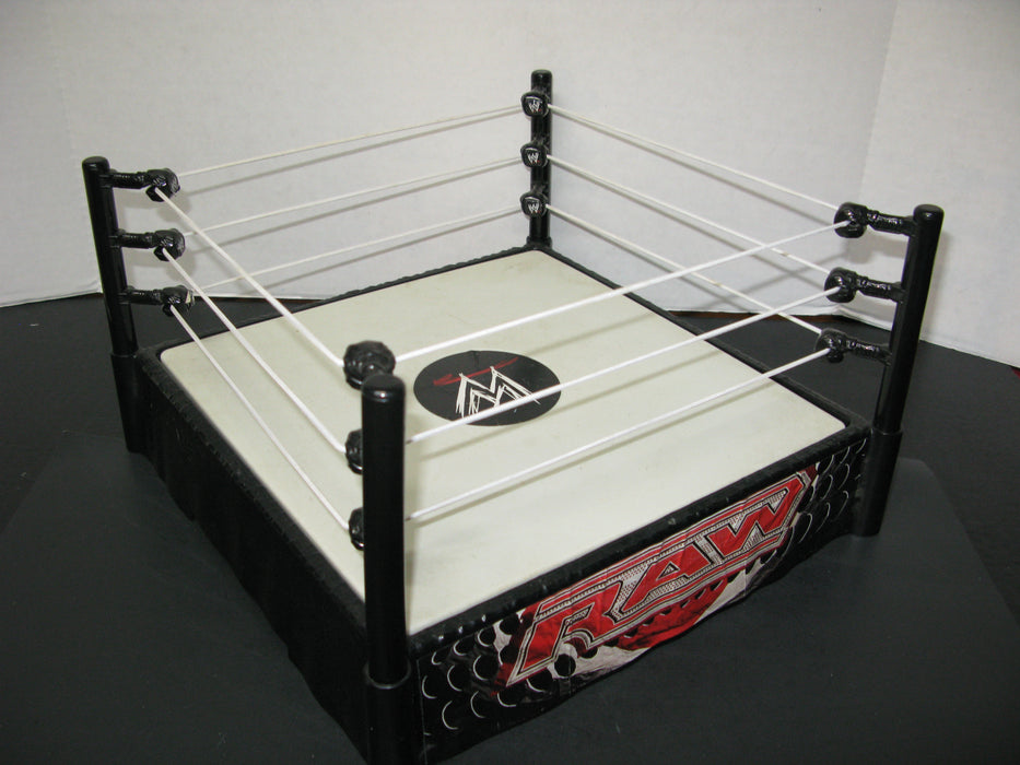 Wrestling Stadium with 7 Action Figures