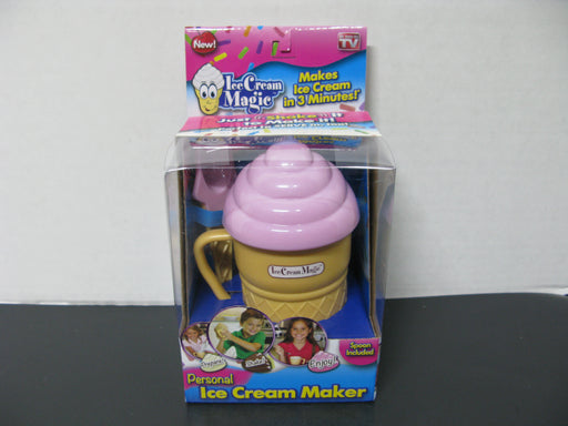 Ice Cream Maker (Pink)