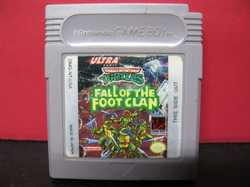Nintendo Game Boy 'Teenage Mutant Ninja Turtles Fall of the Foot Clan' Game