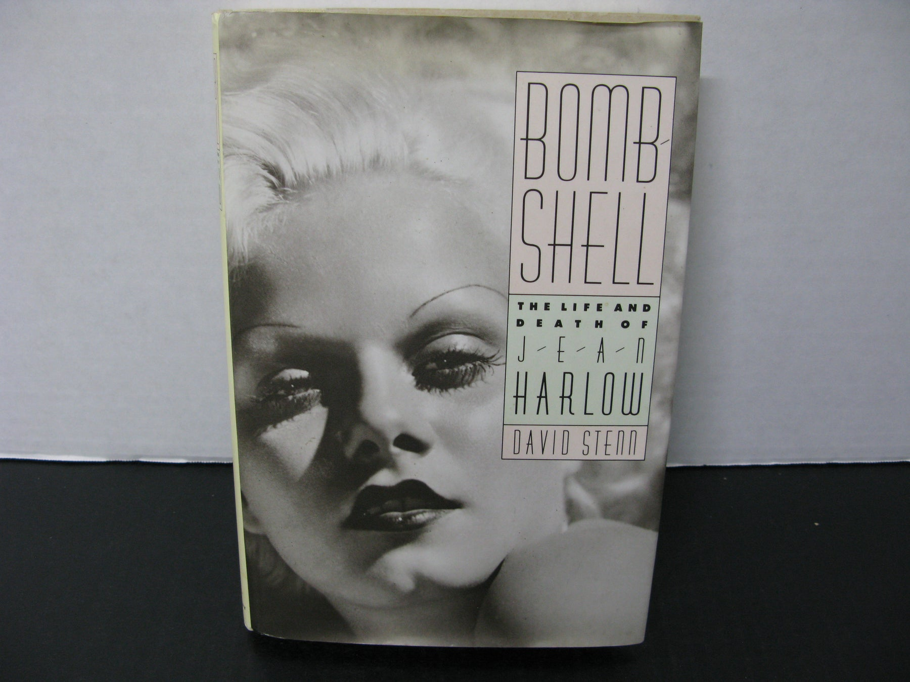 Bomb Shell The Life and Death of Jean Harlow by David Steam Book