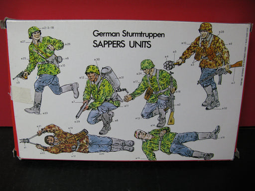 German Sturmtruppen Sapper Unit - Plastic Figure Kit