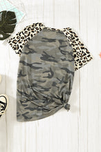 Load image into Gallery viewer, Pocket Camo T-shirt