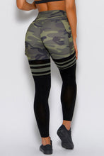 Load image into Gallery viewer, Camo Print Striped Sport Pants