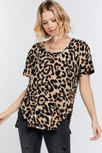 Load image into Gallery viewer, Wild Animal Print Round Neck Short Sleeve Tee
