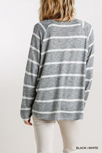 Load image into Gallery viewer, Striped Round Neck Long Sleeve Top
