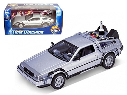 Welly 1/24 Scale Diecast Metal Delorean Time Machine Back To The Future Part Ii