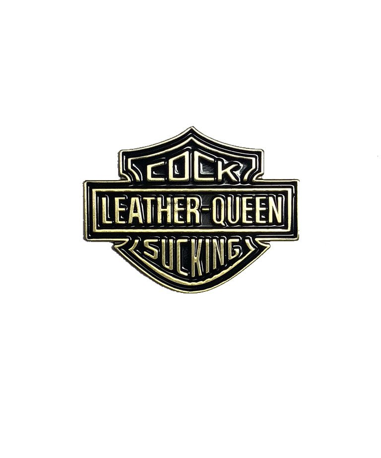 LEATHER QUEEN PIN