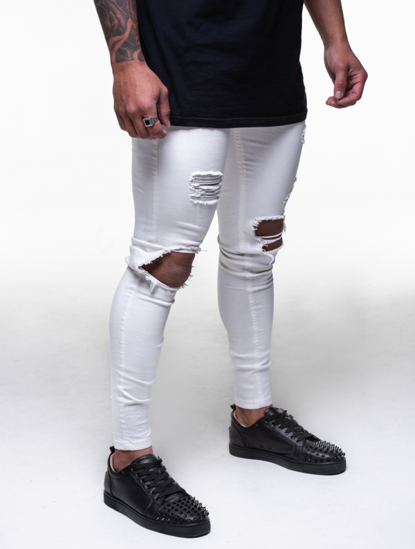 DIAMOND WHITE RIPPED JEANS