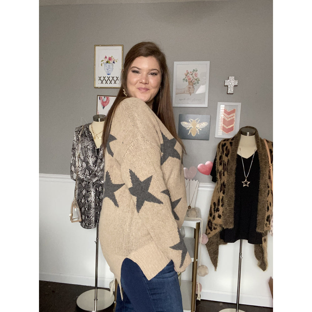 The Veronica Sweater, Star