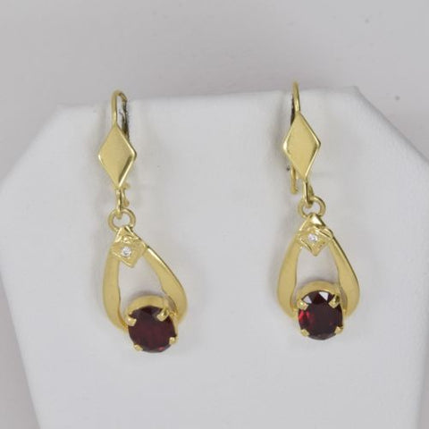 14K Yellow Gold Red Dangling Earrings - E78
