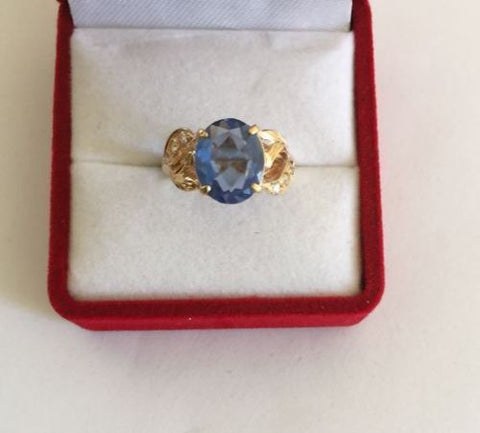 14K Yellow Gold Blue Gemstones woman ring - size 5.25 - R131