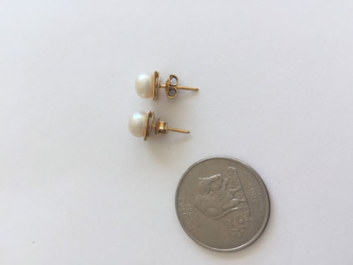 14K Yellow Gold Pearl Earrings - E137