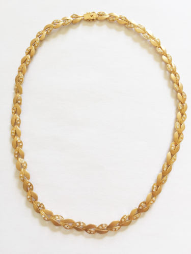 "Beautiful 14K Yellow Gold ""handmade"" Ladies Necklace 17 inches - C105"
