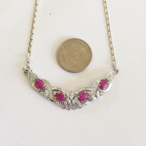 Beautiful 14K Gold Pink Star Statement Necklace - 18 inches - C119