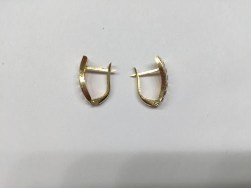 14K Gold Tri-color Diamond cut Earrings - E18