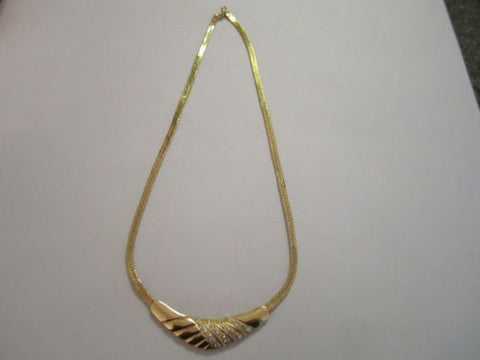 14K Yellow Gold Beautiful Necklace with attached pendant